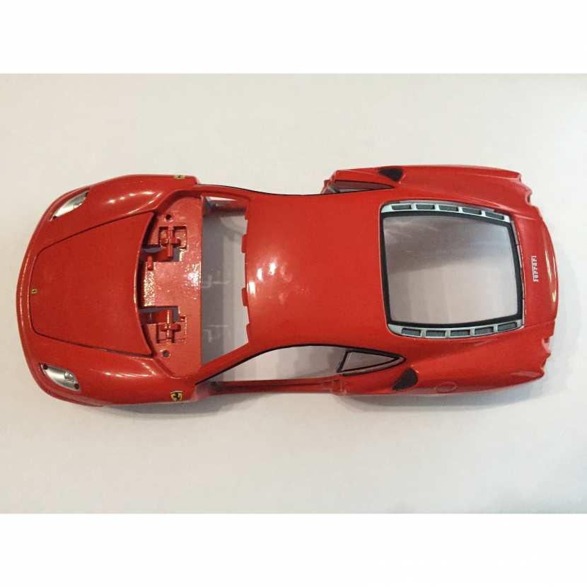 Carcasse pièce détachée miniature Ferrari F430 de marque Maisto de taille 1/24 1/24e 1/24eme