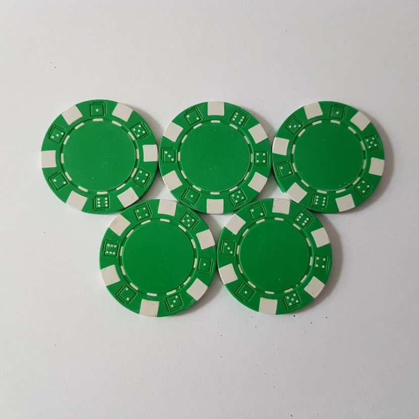 jeton de poker pièce détachée du célèbre jeu de société de carte : le poker
