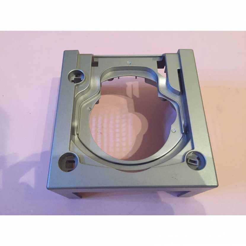 Plasturgie supérieur du dessus pièce détachée console de jeu de marque nintendo gamecube dol-001 EUR de couleur grise