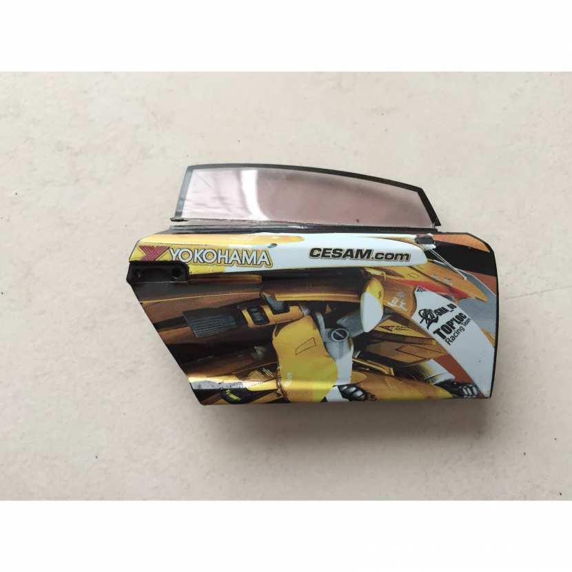porte avant droite pièce détachée miniature modèle réduit de marque Lamborghini gallardo cesam de marque norev de taille 1.18