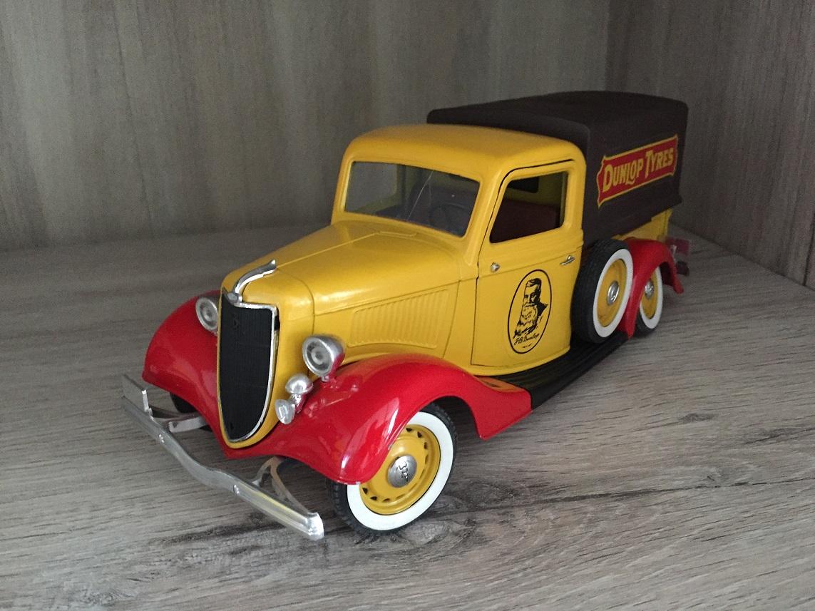 SOLIDO FORD V8 1936 DUNLOP TYRES DE TAILLE 1/19 1/19E 1/19EME